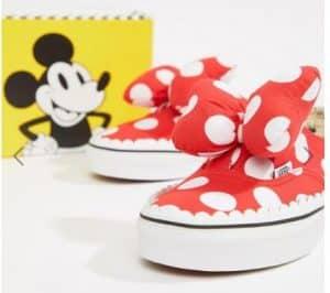 נעלי ואנס מיוחדות