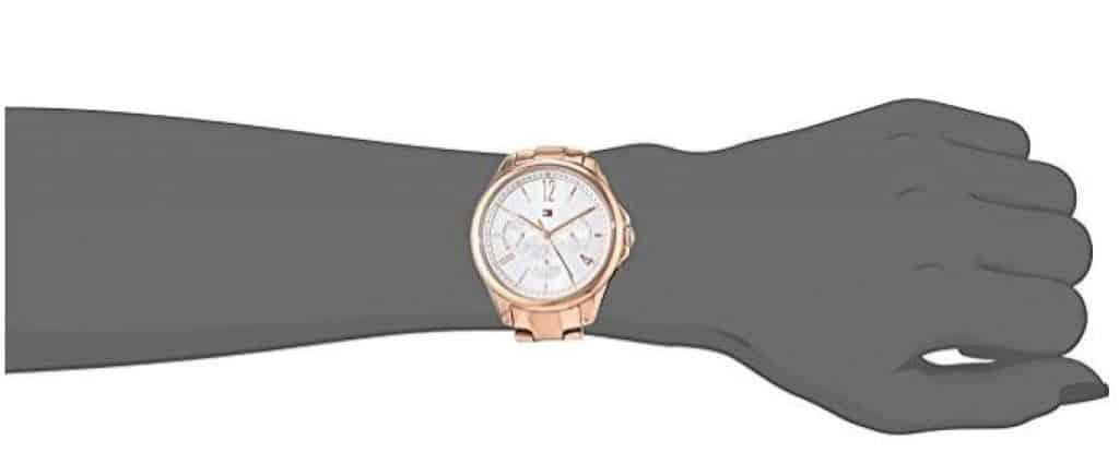 שעון יד אנלוגי לאישה טומי הילפיגר זוזו דילס