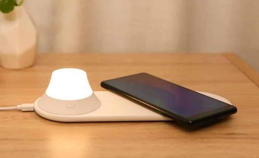 xiaomi light wireless charge 1 662x405 1