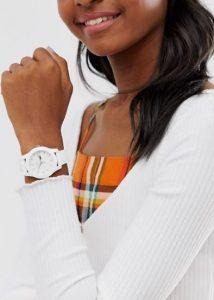 שעון יד אנלוגי לאישה לקוסט מבצע
